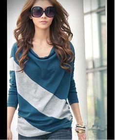 Elegant and Comfortable Diagonal Stripes Long Sleeves T-Shirt For Women (BLUE,FREE SIZE) | Sammydress.com