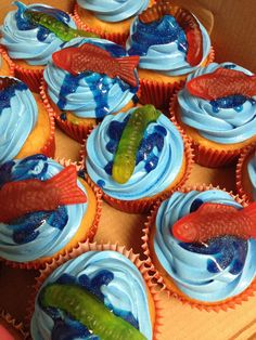 Fishing worm cupcakes with Swedish Fish and gummy worms Fishing Worms, Fishing Tips, Gummy Fish, Fishing Cupcakes, Swedish Fish, Food And Drink, Yard Games, Desserts, 5th Birthday