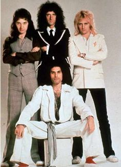 Freddie Mercury and Queen Brian May, John Deacon, Queen Photos, Queen Pictures, Queen Band, Queen Queen, Avatar Art, Harry Potter Star Wars, Rock Bands