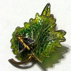 Vintage Chinese Inspired Plique A Jour 800 Silver Enamel Bug on Leaf brooch Pin approx. 1 inches tall and 1 inches wide ~ Marked 800 on the reverse~