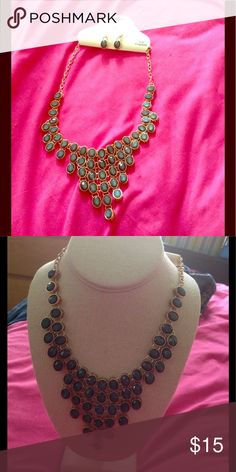 Statement necklace Cute necklace & earring set. Perfect for Spring & Summer outfits Jewelry Necklaces