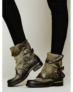 98 Emerson Ankle Boot at Free People Clothing Boutique Bootie Boots, Shoe Boots, Ankle Boots, Boot Over The Knee, Cute Shoes, Me Too Shoes, Pumps, Heels, Quoi Porter