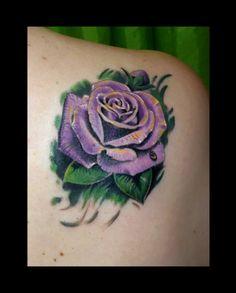 tattoo tatuaje rosa realista color www.13depicas.com