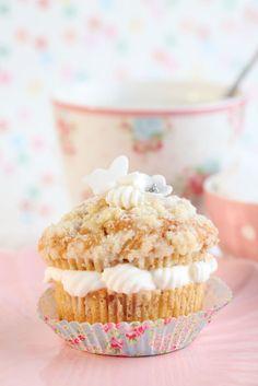 Swedish Semla in muffin version with crunch!