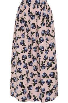 So pretty <3 Romilly #floral print silk-crepe midi skirt #skirt #women #covetme #motherofpearl #fashion #fbloggers #OOTD #happyweekend #holidays