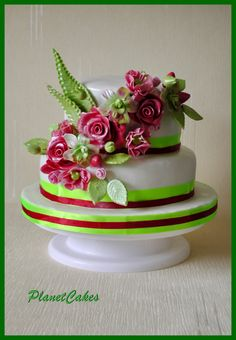 Summer+Breeze+-+2+tier+cake+with+fondant+icing,+fabric++ribbons+and+flowers.