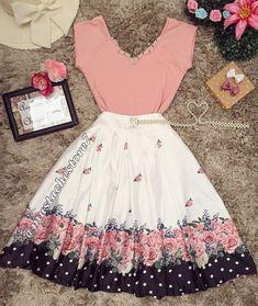 a hu Tera message aya reply karo. Cute Fashion, Modest Fashion, Fashion Dresses, Trendy Outfits, Fall Outfits, Cute Outfits, Vintage Dresses, Vintage Outfits, Vintage Fashion