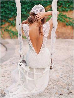 robe de mariee dos nus en forme V en dentelle