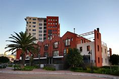 Manhattan Wharfside - Manhattan Wharfside apartments are centrally located in Century City, and are ideal for the business person, a group of friends exploring Cape Town, a few shopaholics on a weekend away and most definitely ... #weekendgetaways #capetown #southafrica