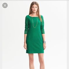 Banana republic spring lace sheath dress Lace bracelet sleeve length lace sheath dress in whispering pine green - never worn! 00p Banana Republic Dresses