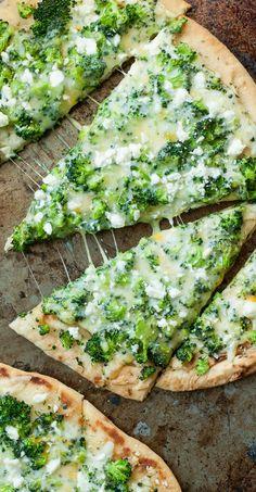 Broccoli Cheese Flatbread Pizza :: quick, easy, and DELICIOUS!