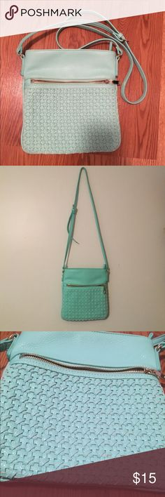 Mint Green Purse Crossbody bag from Charming Charlie. Barely used and in 'like new' condition. Charming Charlie Bags Crossbody Bags