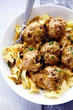 The Best Swedish Meatballs are smothered in the most amazing rich and creamy gravy. The meatballs are packed with such delicious flavor you will agree these are the BEST you have ever had! Beef Dishes, Food Dishes, Main Dishes, Best Swedish Meatball Recipe, Meat Recipes, Cooking Recipes, Barbecue Recipes, Cooking Tips, Recipies