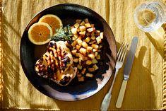 Succulent chicken in a delicious orange and Metaxa sauce accompanied by crisp, golden potatoes is a Mediterranean delight Brandy Sauce, Mediterranean Chicken, Sous Vide, Acai Bowl, Crisp, Honey, Orange, Cooking, Breakfast