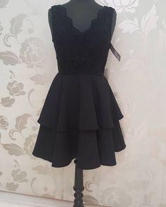 #abito #corto #nero #corpetto #merletto #valeria #abbigliamento