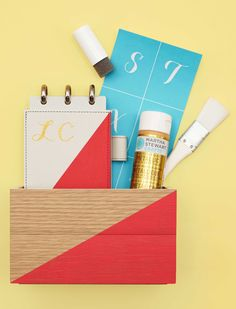 Need a last-minute gift for the office holiday party that doesn't seem so last-minute? Easily customize a desk tray and notebook from Office by Martha Stewart™ at Staples using Martha Stewart Crafts® at Michaels!