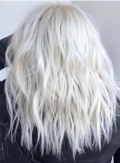 50 Fantastic Ice Blonde Hair Color Ideas for Ladies in Ice blonde hair col. - 50 Fantastic Ice Blonde Hair Color Ideas for Ladies in Ice blonde hair colors are more cooler - Ice Hair, Ice Blonde Hair, Icy Blonde, Blonde Color, White Blonde, Blonde Hair For Winter, Ice Blonde Highlights, Platnium Blonde Hair, Bright Blonde
