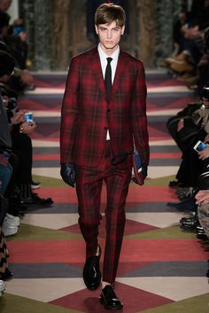 out shine the ladies this holiday season in a tartan suit, Valentino Fall 2015 // holiday menswear gift guide