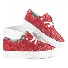 Dámské tenisky Kylie Amaliel červené – červená Městský život si žádá, abychom šli s dobou! Doplňte svůj botník o tyto trendy tenisky na platformě s ažurovou přední částí. Tenisky s klasickým šněrováním stojí na bílé …