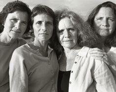 Nicholas Nixon. The Brown Sisters 2007 - every year for 31 years Nicholas Nixon photographed the Brown Sisters