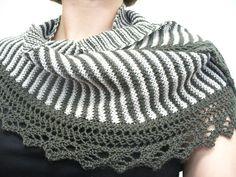 Adding the border to my sencillo shawl