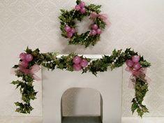 Dollhouse Miniature Christmas Wreath n Swag Garland by dalesdreams, $38.00