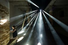 15 Biennale di Venezia - Transsolar & Anja Thierfelder's Lightscapes is a light-choreographed installation that transformed the Corderie of the Arsenale into a dramatic play between light and darkness. Mother Art, Architectural Photographers, Venice Biennale, Dramatic Play, Light Installation, Light Shades, Public Art, Architecture Design, Street Art