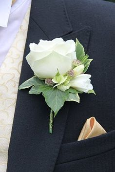 Groom's Special Avalanche Rose Boutonniere Usher's simpler version of the Groom's Avalanche Boutonniere Country Wedding Flowers, Cheap Wedding Flowers, Prom Flowers, Bridal Flowers, Floral Wedding, Wedding Ideas, Wedding Simple, Chic Wedding, Trendy Wedding