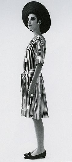 Peggy Moffitt - Gemreich