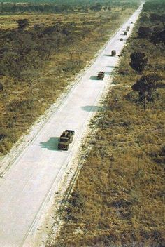 Cold War Gamer: Terrain - The African Bush of the Angolan Border Once Were Warriors, Army Day, Defence Force, Army Vehicles, Biomes, African History, South Africa, South Korea, Military History