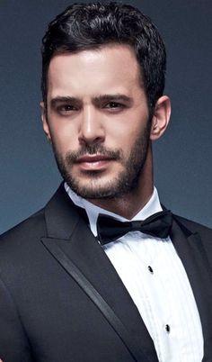 Most Handsome Actors, Handsome Faces, Hot Actors, Actors & Actresses, Turkish Men, Turkish Actors, Dapper Gentleman, True Gentleman, Elcin Sangu