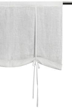 Himla | Sunshine 1700-tals Hissgardin White | Matilde & Co | Handla online Lakeside Cottage, Window Coverings, Beautiful Homes, White Shorts, Casual Shorts, Kitchens, Fabrics, Cushions, Shades