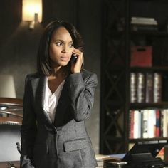 olivia pope season 3 | images/entertainment/2013/10/scandal-olivia-season-3-epi-2-w352.jpg