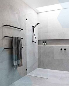 Bathroom Tile Designs, Modern Bathroom Design, Bathroom Interior Design, Bathroom Ideas, Bathroom Organization, Interior Decorating, Bathroom Inspo, Bath Ideas, Kitchen Design