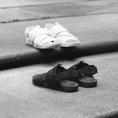 NIKELAB AIR SOLARSOFT ZIGZAG WOVEN  @nike @nikelab #Slippers #Nike