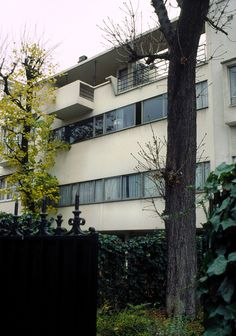 Maison Cook, Boulogne-sur-Seine, France by Le corbusier :: 1926