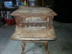q how to restore an old cast iron wood burning stove, diy, how to, painted furniture, repurposing upcycling Antique Cast Iron Stove, Antique Wood Stove, How To Antique Wood, Old Wood, Vintage Wood, Rustic Wood, Restore Cast Iron, Restore Wood, Cast Iron Fireplace
