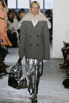 See the complete Proenza Schouler Fall 2017 Ready-to-Wear collection. // Runway trends inspiring handbag and fashion accessory design #VergeCreativeGroup @VergeCreative