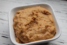 Heute möchte ich euch mein Lieblingsrezept für Hummus vorstellen. Es ist wirklich sehr einfach und schnell zubereitet und man kann es nach belieben verfeinern. Wer…