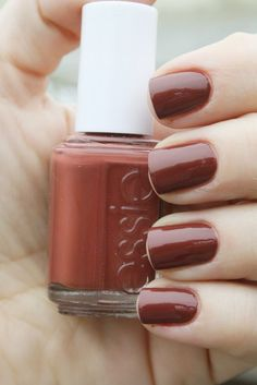 Essie Very Structured classic blend of Chocolate Brown and Brick Red rust nail polish Essie Nail Colors, Fall Nail Colors, Color Nails, Cute Nails, Pretty Nails, Hair And Nails, My Nails, Glitter Nails, Pink Nails