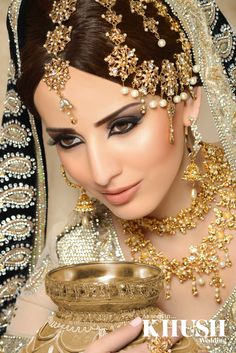 We love this regal bridal makeup look by Maysa Mua +44(0)7584 423 525 www.maysa.co.uk asmah@maysa.co.uk Outfit: Chaand Bazaar Jewellery: Mumtaz Collection by Design Props: 1SW Events - Weddings Mehndis Mandaps Flowers Wedding Planners.