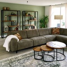 Living Room Decor And Design Ideas - Top Style Decor Living Room Green, New Living Room, Home And Living, Living Room Decor, Living Room Color Schemes, Living Room Designs, Filigranes Design, Industrial Living, Modern Industrial