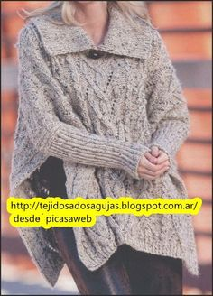 Poncho knitted two needles Knit Shrug, Crochet Cardigan, Knitted Shawls, Knit Crochet, Knitting Designs, Knitting Patterns, Recycled Sweaters, Hooded Scarf, Knit Wrap