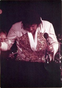 ELVIS IN LARGO, MD. May 22, 1977