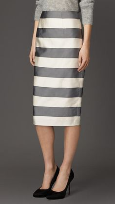 Miranda Kerr: Jacket, pants, purse, belt, and shoes – Balmain Sunglasses – Oliver Peoples Burberry Skirt, Burberry 2015, Skirt Images, Stripe Skirt, Women Wear, Luxury Fashion, Fashion Outfits, How To Wear, Cotton