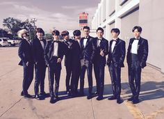 SJ出道10年,再加上練習生時期,儘管歷經不少風波,團員之間仍有深厚的交情。