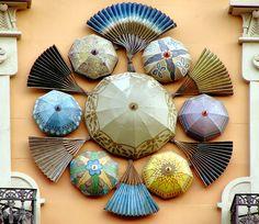 Detail on a building's facade, Barcelona - Rambla 082 c: Casa Bruno Quadros: Architect: Josep Vi