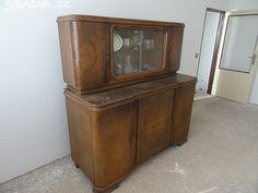 Starožitný nábytek - cena za 3 kusy skříní. - obrázek číslo 1