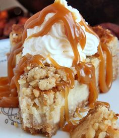 Caramel Apple Crisp Cheesecake  Ingredients : Graham/Oats Crust: ¼ cup brown sugar 1 cup graham cracker crumbs ¾ cup rolled oats ½ cup mel...