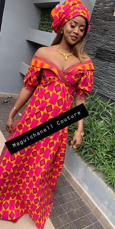 All Fashion, Fashion Outfits, Womens Fashion, Mode Turban, African Wear Dresses, Ankara Designs, Pregnancy Looks, Native Style, Designer Dresses